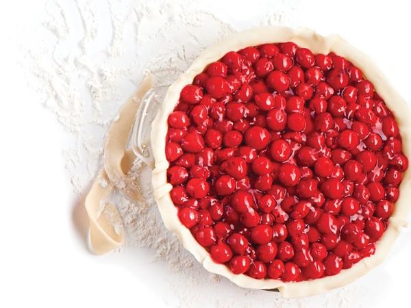 Unbaked pan of cherry pie