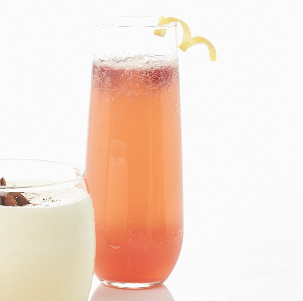 Sparkling champagne punch