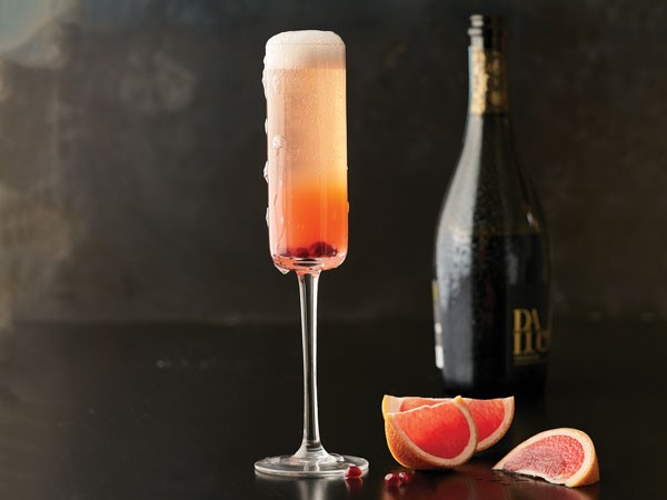 grapefruit mimosa in glass
