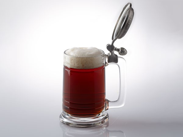 Dunke served in stein with lid open