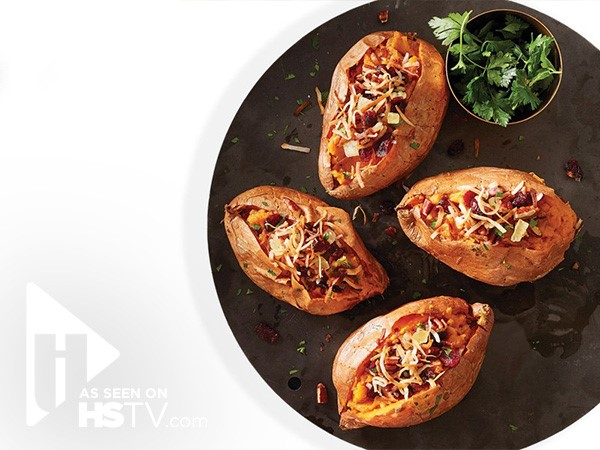 Sweet potatoes stuffed with applesauce