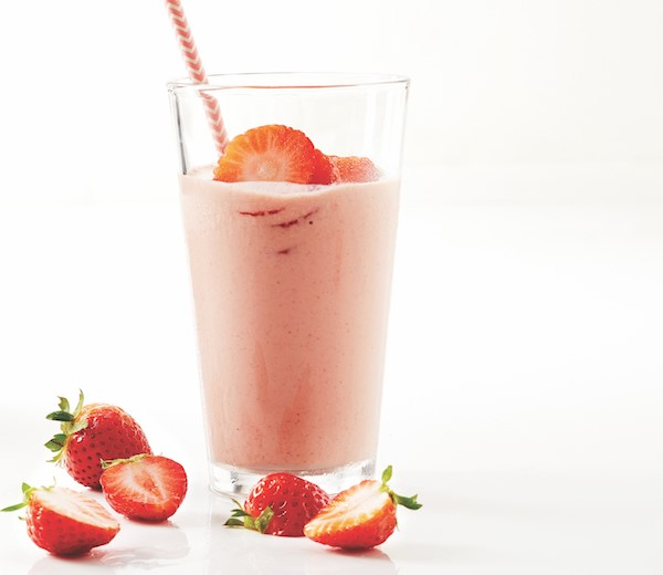 strawberry shake with optional protein and creatine