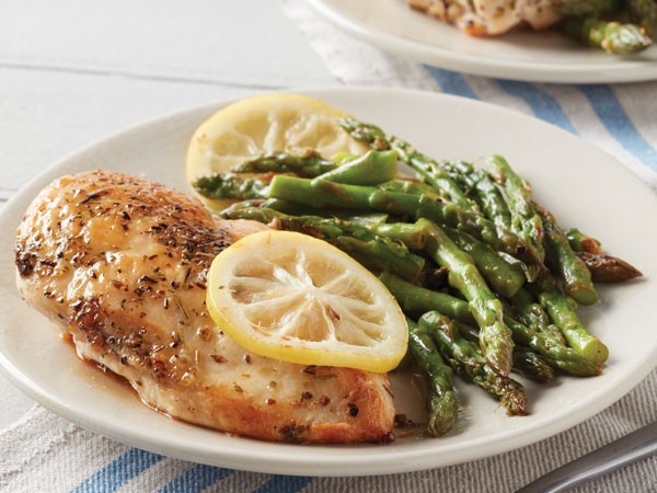 Lemon Chicken And Asparagus Skillet Hy Vee
