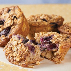 Oatmeal baked in muffin cups with blueberries