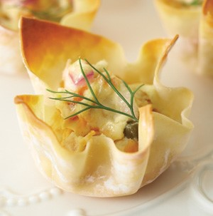 Crispy bites filled with smoked salmon, green onion, dill and cheddar cheese