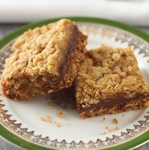 Plate of chewy caramel oatmeal bars