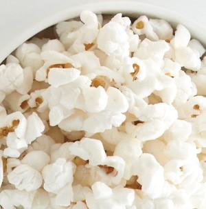 White popcorn in a white bowl